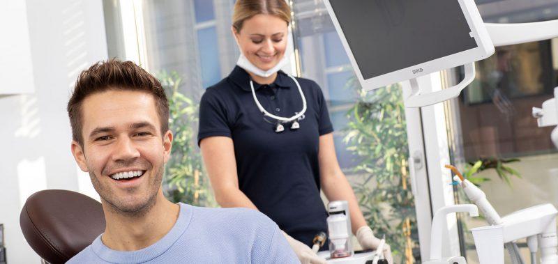 Dorothee-Jarleton-Zahnarzt-Praxis-Koeln-Schwerpunkt-Titelseite-4-Bleaching