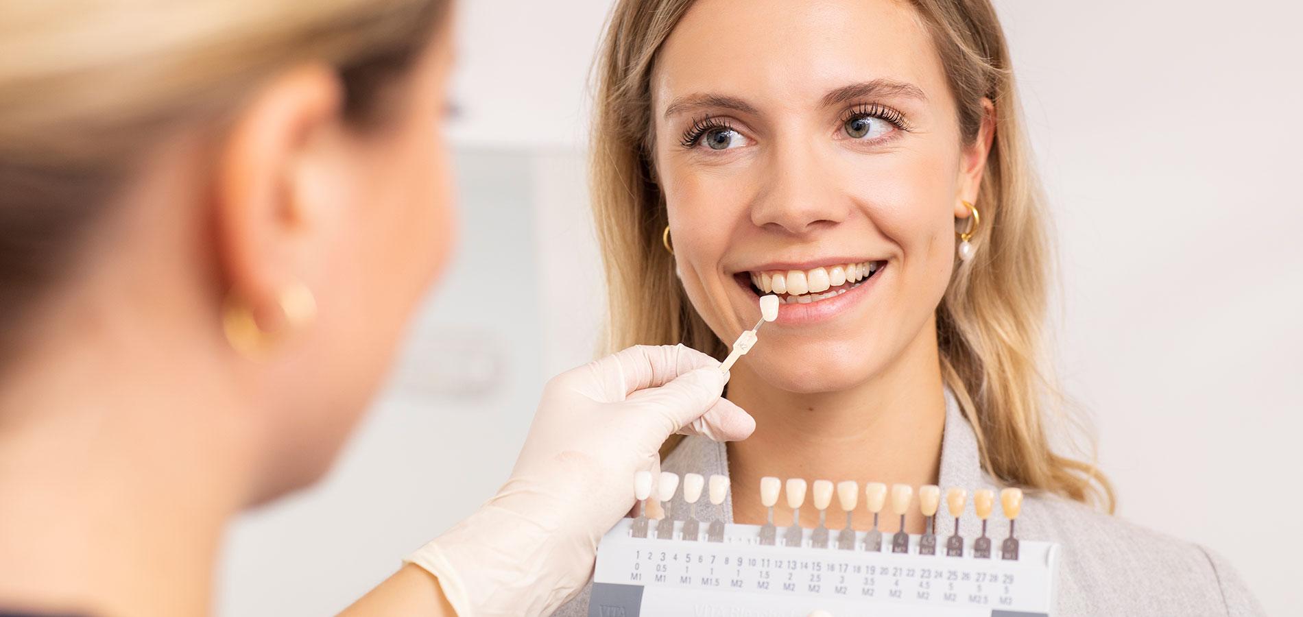 dorothee-jarleton-zahnarzt-praxis-koeln-Titelseite-Blog-Zahnaesthetik-und-Schwerpunkt-Aesthetik
